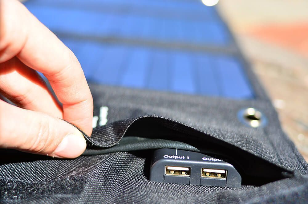 aukey pb-b4 cargador solar usb