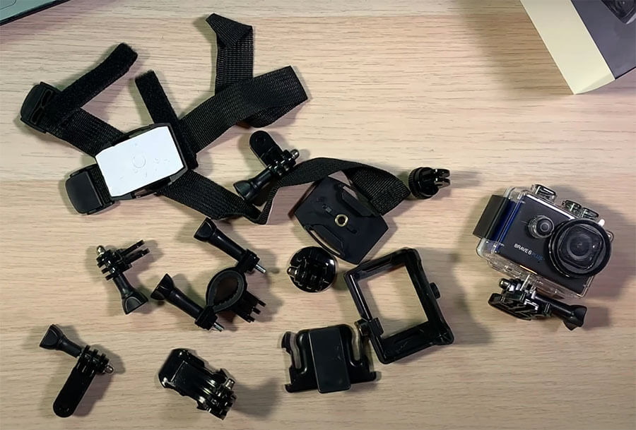 accesorios incluidos con akaso brave 6 plus