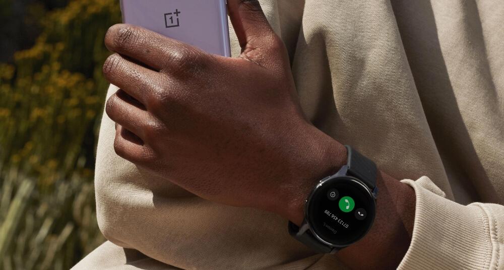 se puede contestar llamadas con reloj Oneplus watch